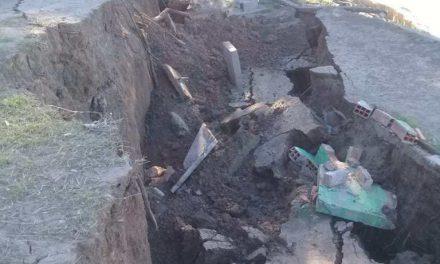 Desmoronamiento en La Boca de Monje arrastró mesas, asadores y árboles