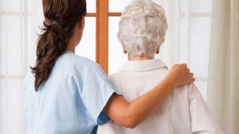 """""""Tratamos que los abuelos no sientan la necesidad de la presencia del familiar"""""""