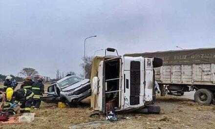 Fuerte accidente en el cruce de Rutas  13 y 66
