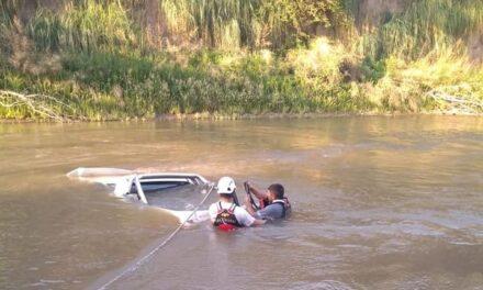 Una camioneta cayó al cauce del rio Ctalamochita