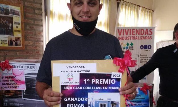 La Cooperativa de Viviendas entregó los premios del bono contribución