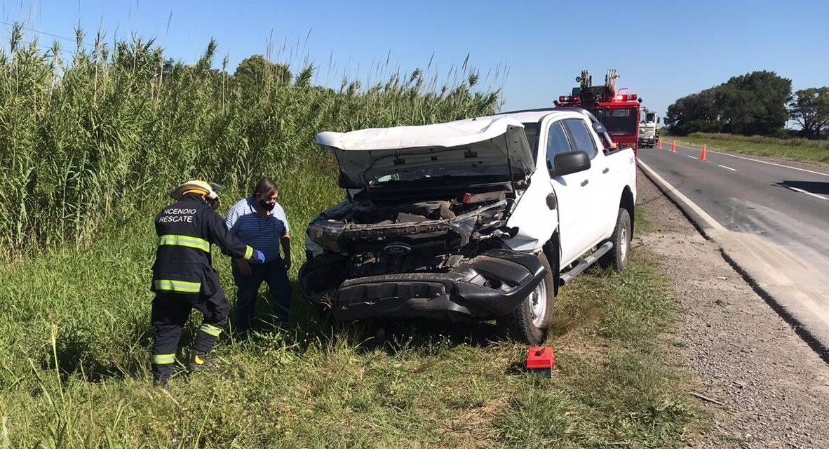 Una camioneta impacto con un carro