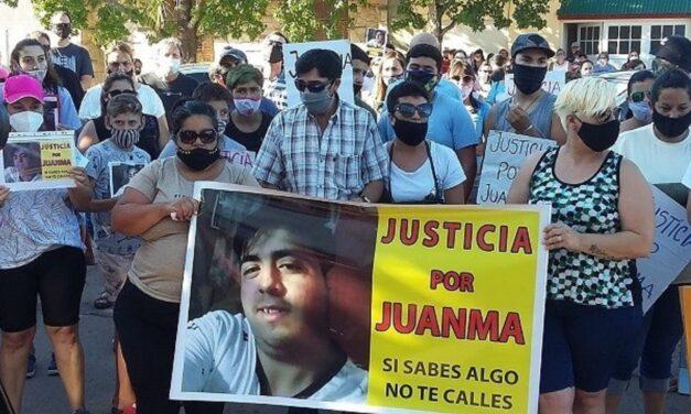 Marcha en Armstrong pidiendo Justicia por Juan Manuel