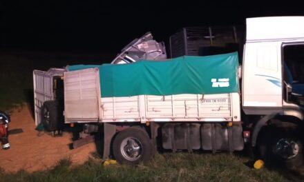Choque en autopista donde participaron tres camiones