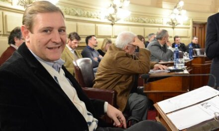 Se aprobó el proyecto de Cornaglia que declara esenciales a Trabajadores de Comercios de primera necesidad