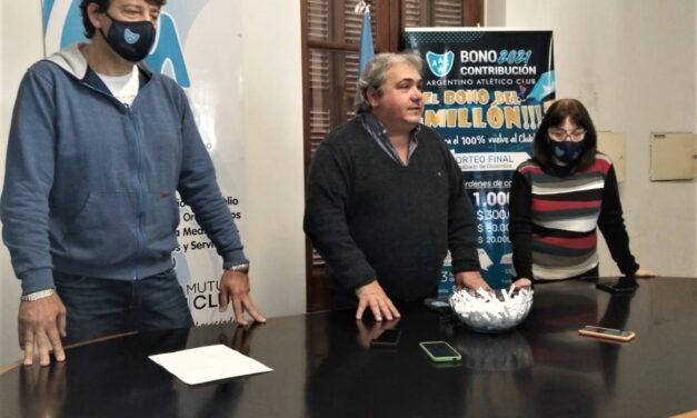 """Premio al """"Socio de Fierro"""" en Argentino"""