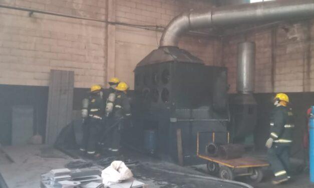 Importante incendio en una empresa local