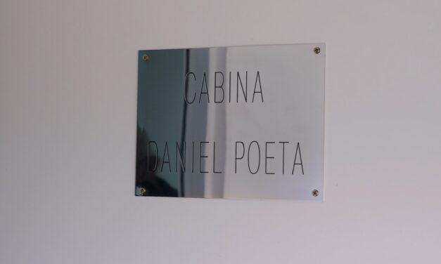 Una cabina de prensa del Estadio de Argentino lleva el nombre Daniel Poeta