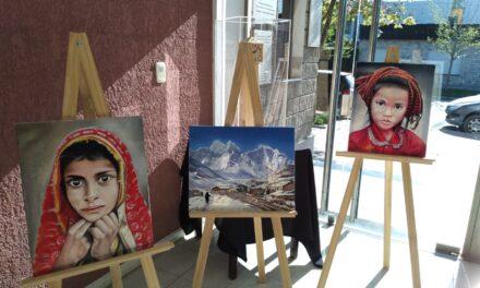 Apertura de la Muestra de Pinturas del artista parejense Carlos Antonio Damiani